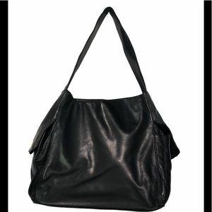 Perlina Black Leather Shoulder Bag